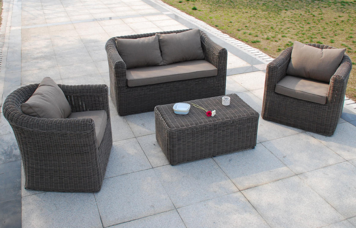 Royal sofa for Salon de jardin pas cher resine tressee