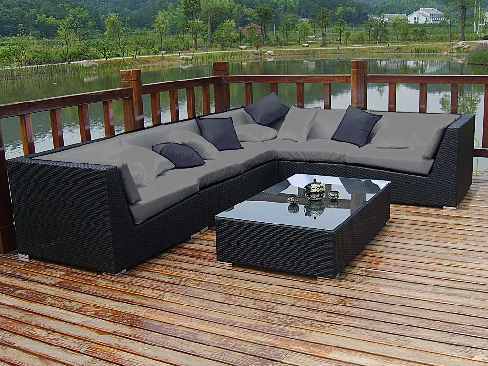 Salon jardin canape royal sofa id e de canap et for Canape salon de jardin