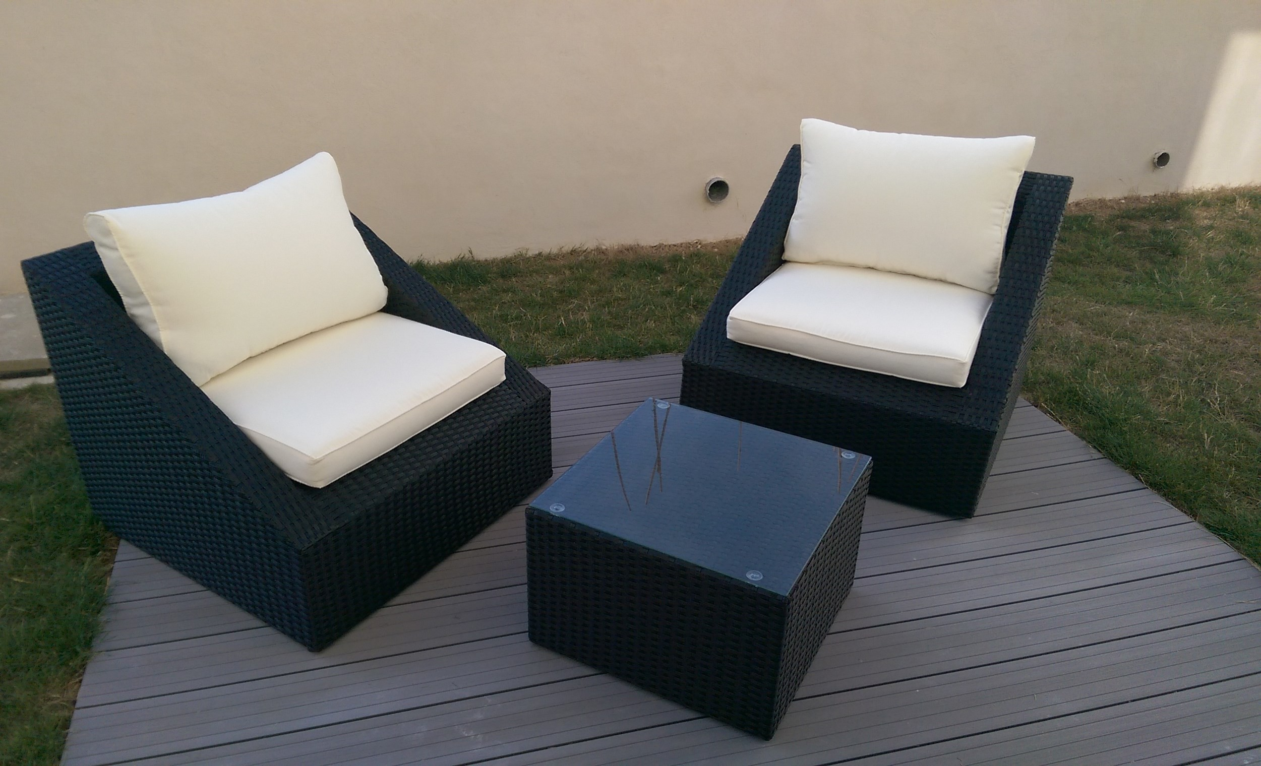 fauteuil salon de jardin resine tressee royal sofa id e de canap et meuble maison. Black Bedroom Furniture Sets. Home Design Ideas