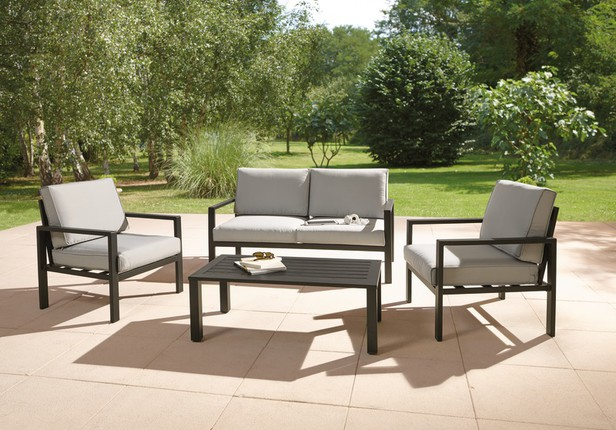 Salon de jardin brico d p t royal sofa id e de for Conjuntos de jardin bricodepot