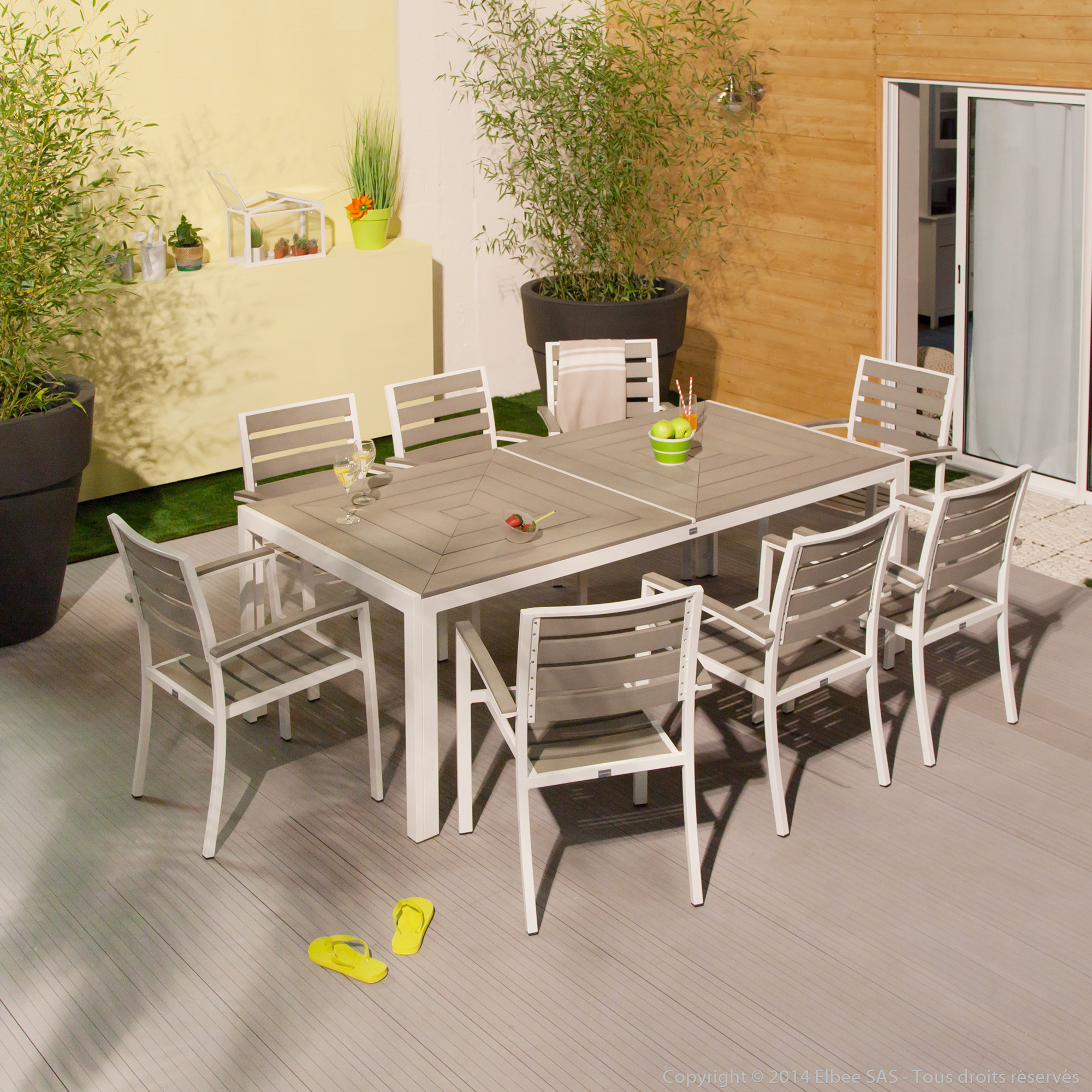 Salon de jardin 8 places alu bois composite brooklyn for Salon de jardin 8 places
