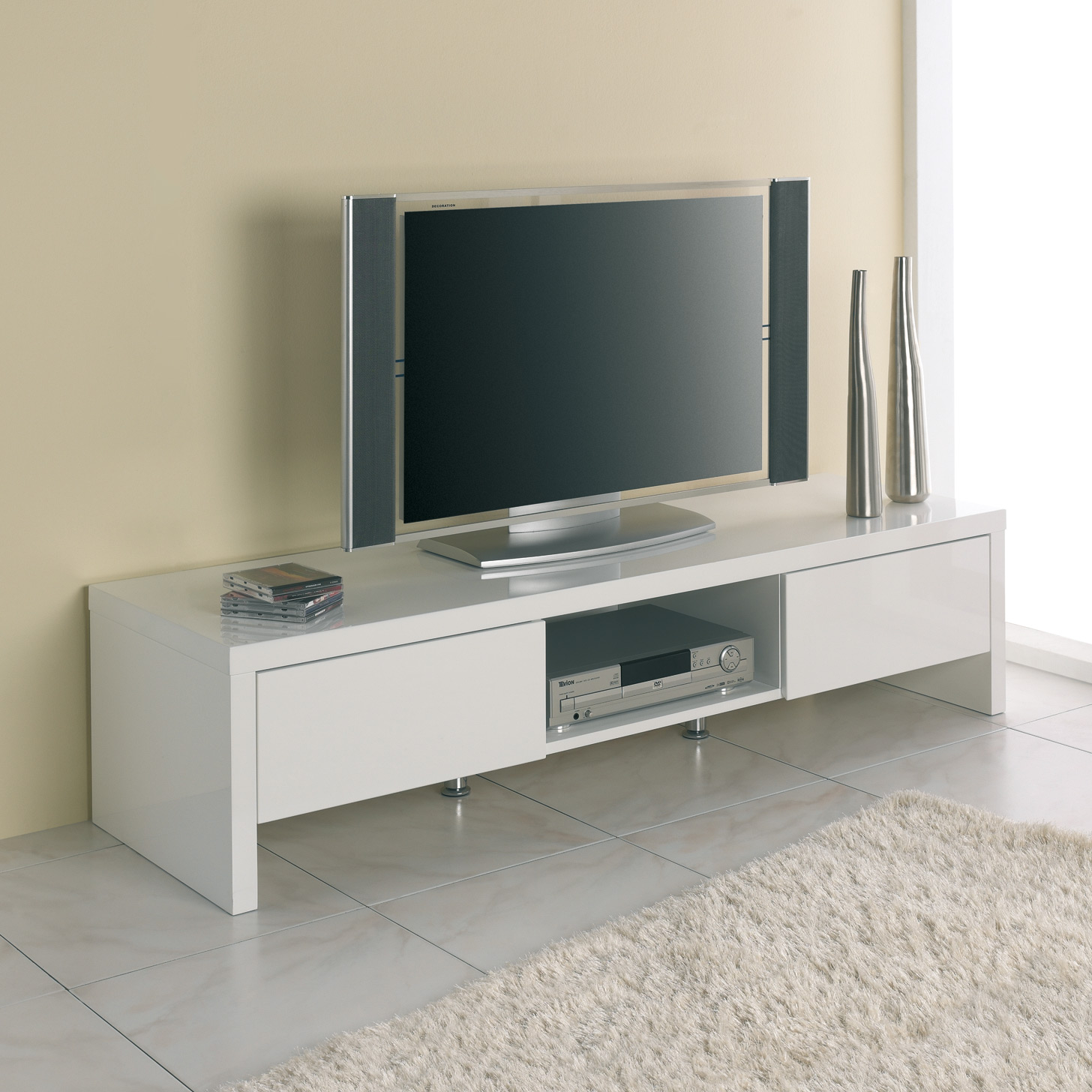 Quelle hauteur meuble tv suspendu royal sofa id e de for Meuble tv suspendu 120 cm