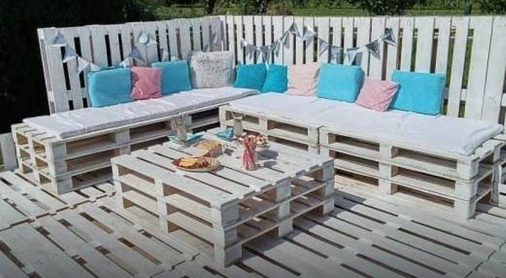 Faire un salon de jardin avec palette royal sofa id e for Idee deco trackid sp 006