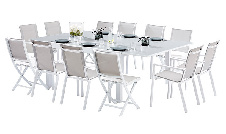 Stunning table de jardin carree blanche pictures awesome for Table exterieure extensible