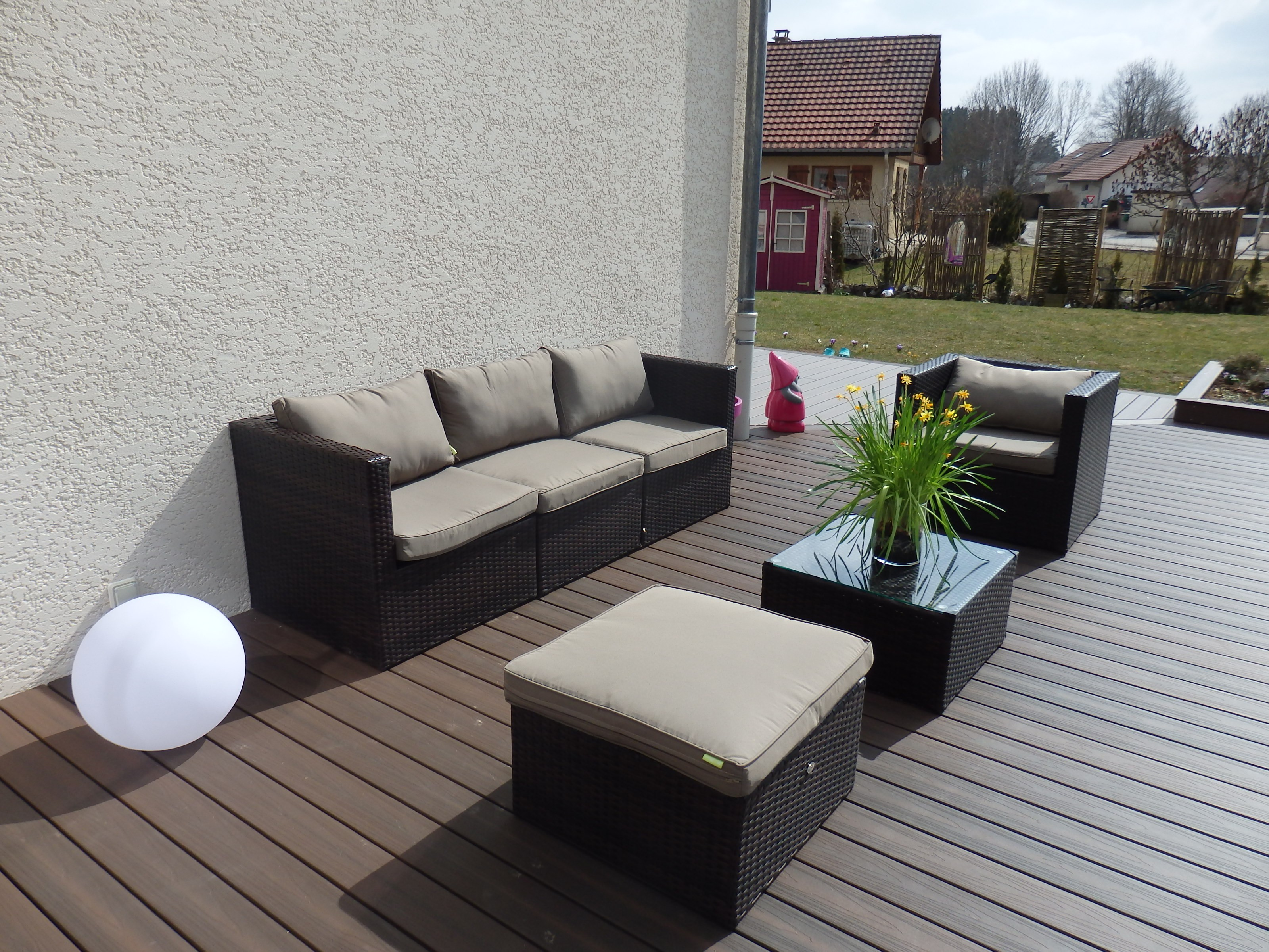 Salon de jardin 5 places en r sine royal sofa id e de for Salon 5 places