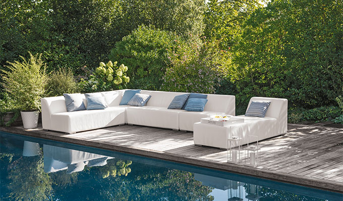 Salon de jardin bas royal sofa id e de canap et for Meuble bas jardin