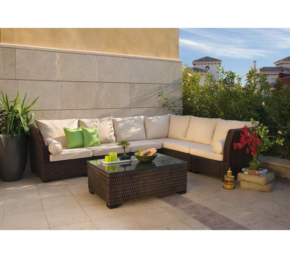 Salon de jardin 56 royal sofa id e de canap et meuble for Carrefour jardin